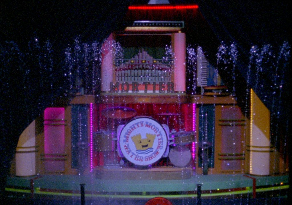1. The Watershow Extravaganza, Sophie Michael